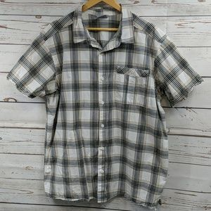 Columbia black/white/tan plaid shirt Size XL